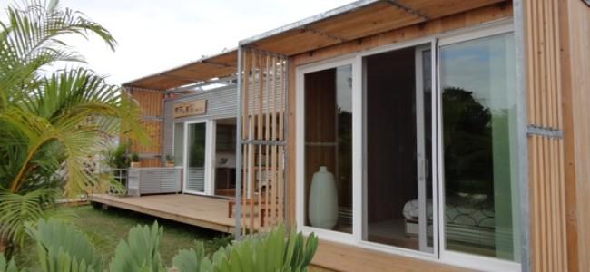 A Modern Solar House for Sunny Florida