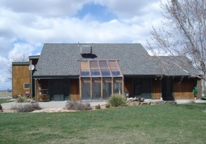 A Sunroom Can Be Built Into The House That Helps It To Passively Heat The  Home. A Passive Solar ...