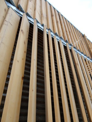 wooden-outer-slats425